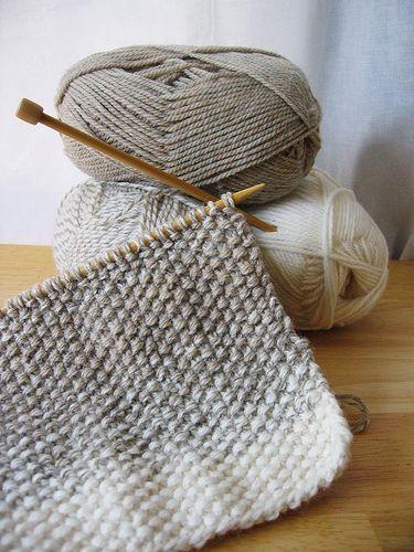 Dáng khăn đơn giản – thích hợp cho người mới học đan len