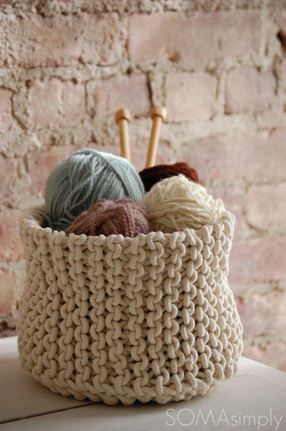 Kim gỗ to và len cotton sợi to là lựa chọn lý tưởng để bắt đầu học đan len