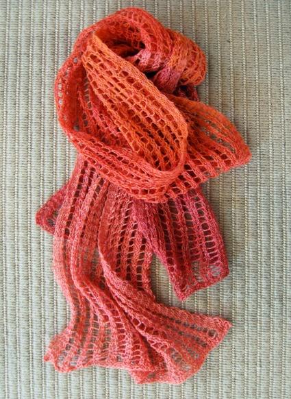 Những tác phẩm len đan lưới thường nhẹ nhàng và nữ tính