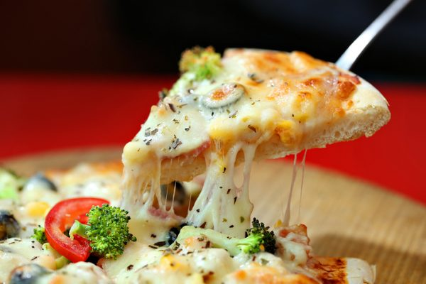 Lá thơm Mix Herb được sử dụng làm gia vị chế biến Pizza