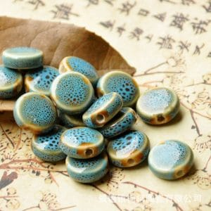 Hạt gốm dẹt tròn 14mm màu xanh lam