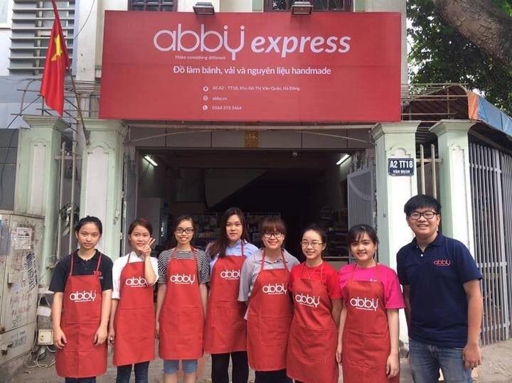 Hầu hết các đồ làm bánh cơ bản và thông dụng đều có tại Abby
