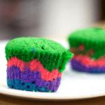 Cupcake cầu vồng bắt mắt