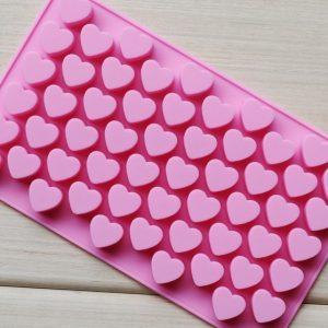 Khuôn silicon trái tim nhỏ xinh 55 viên