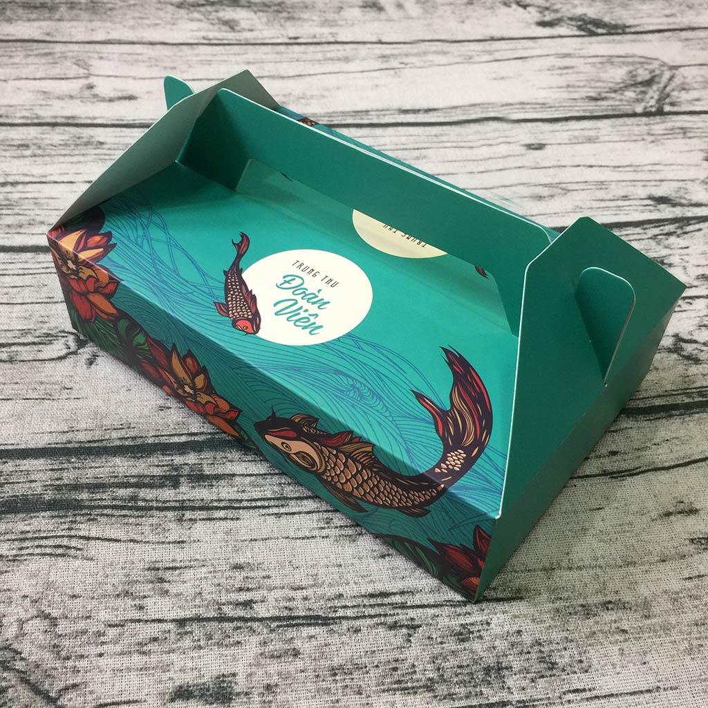 Hộp giấy đựng 6 bánh trung thu 50-75g mẫu cá xanh