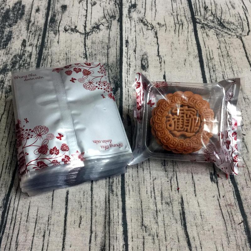 Túi đựng bánh trung thu 125-150g hoa đỏ nền bạc (100 túi)