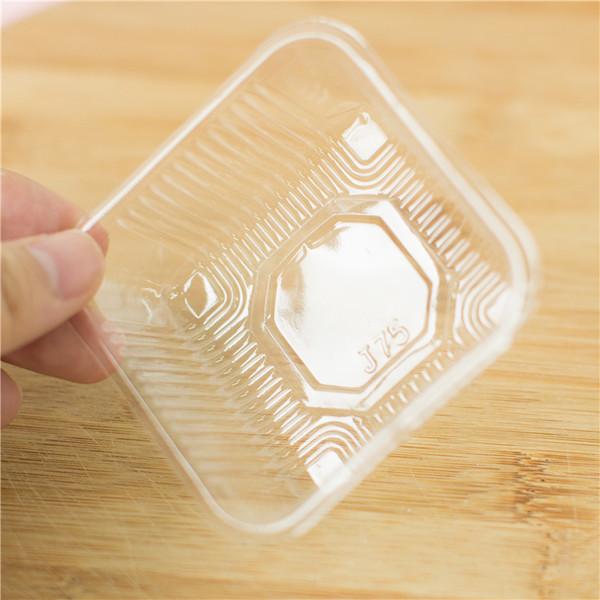 Khay nhựa 8cm đựng bánh 100g (12 chiếc)