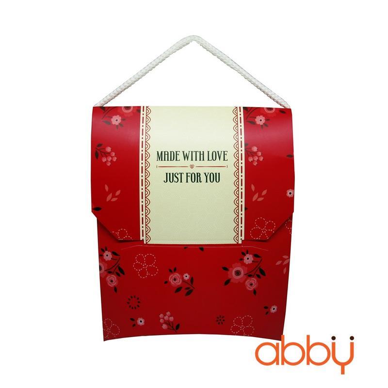 Hộp giấy đựng bánh quy màu đỏ 15x18x11cm