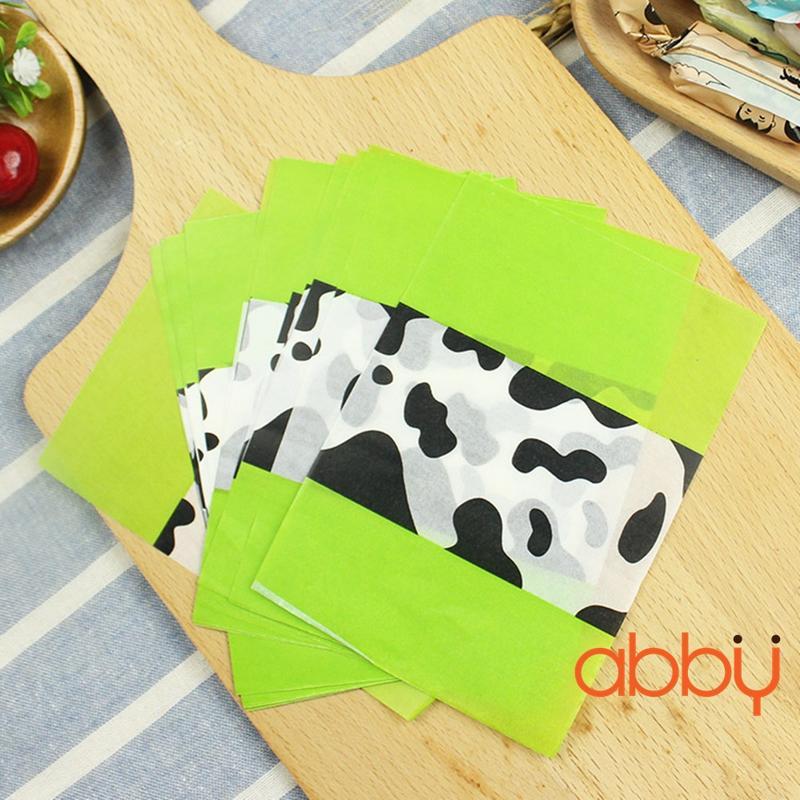 Giấy gói kẹo hình bò sữa xanh lá 13x9cm (48 - 50 tờ)