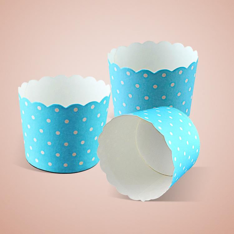 Cup giấy cứng 7x6cm mẫu xanh chấm bi (48 - 50 chiếc)