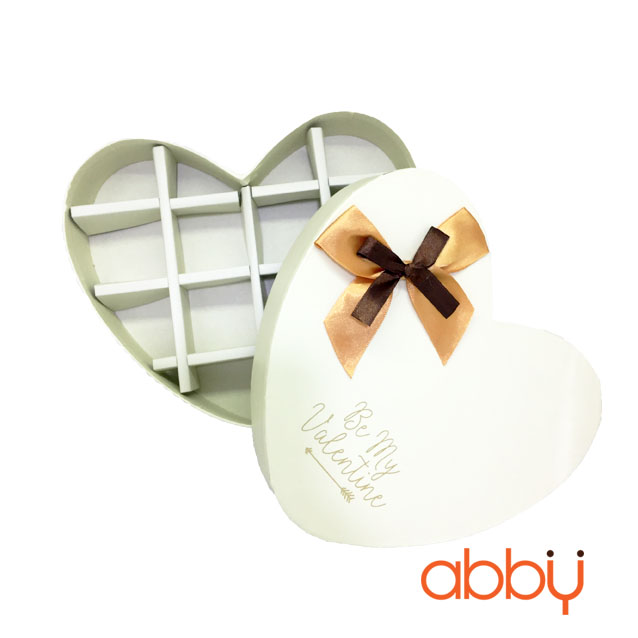 Hộp socola trái tim 14 viên Be my Valentine màu trắng