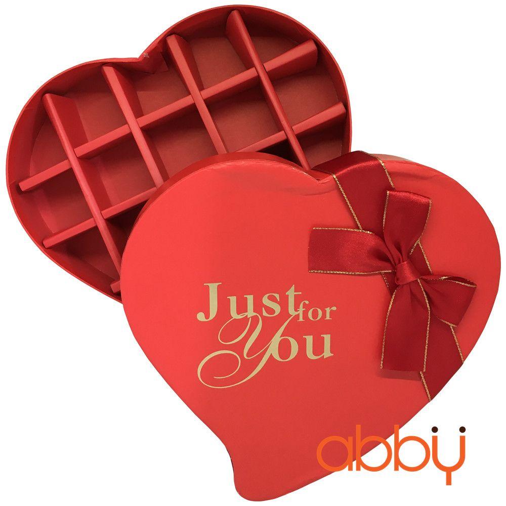 Hộp socola trái tim 18 viên Just for you màu đỏ