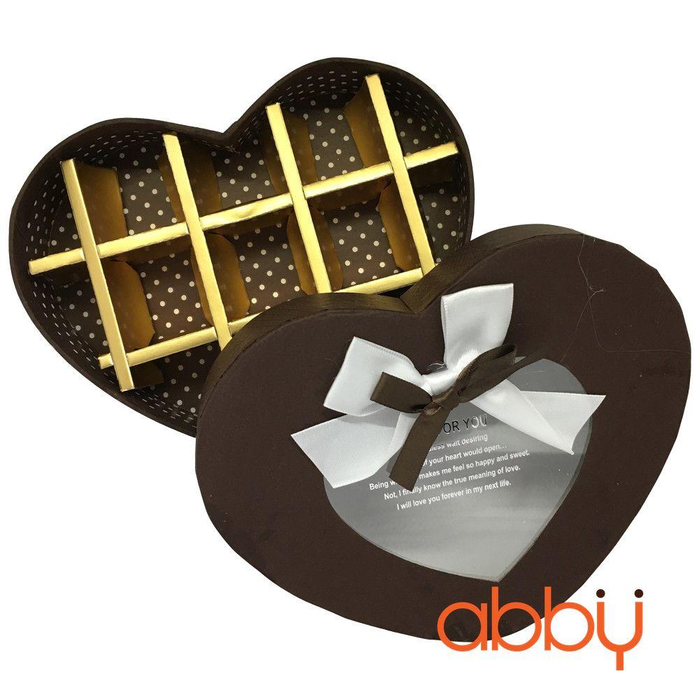 Hộp socola trái tim 13 viên nơ mặt kính màu nâu