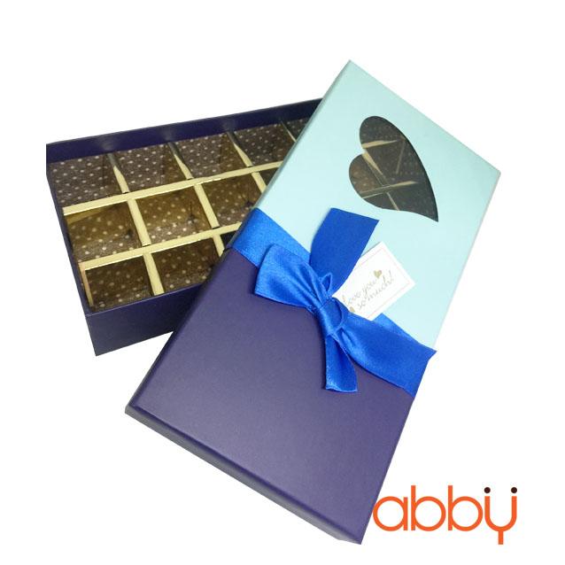 Hộp socola hình chữ nhật 18 viên trái tim nơ xanh