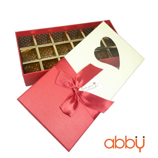 Hộp socola hình chữ nhật 18 viên trái tim nơ đỏ