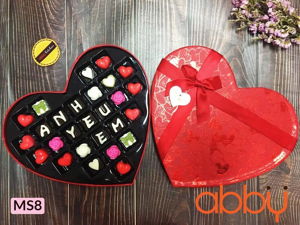 Hộp socola 27 viên Love you forever (hình tim)