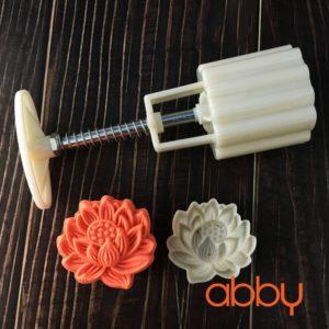 Khuôn Trung Thu lò xo 50g - 65g 1 mặt hoa sen 3D