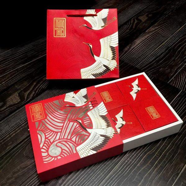 Bộ túi & hộp giấy đựng 4 bánh trung thu 125-250g có hộp con mẫu hạc đỏ laser