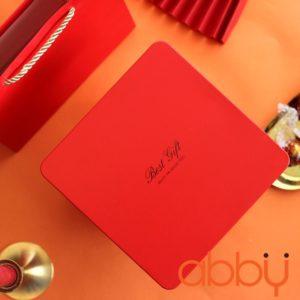 Hộp thiếc vuông 18x6cm màu đỏ Best Gift