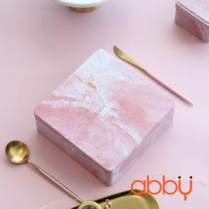 Hộp thiếc vuông 18x6cm vân đá hồng Thank you
