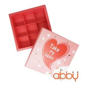 Hộp socola hình vuông 9 viên màu hồng