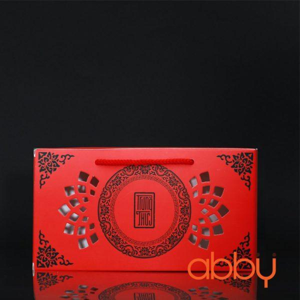 Hộp giấy đựng 2 bánh trung thu 125-250g mẫu họa tiết đỏ
