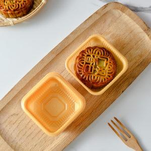 Khay nhựa 9cm đựng bánh Trung Thu 125-150g màu vàng (10 chiếc)