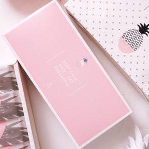 Bộ túi và hộp đựng bánh dứa màu hồng Pineapple 24x11.5x5cm