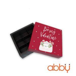 Hộp socola hình vuông 9 viên phong thư Be my Valentine