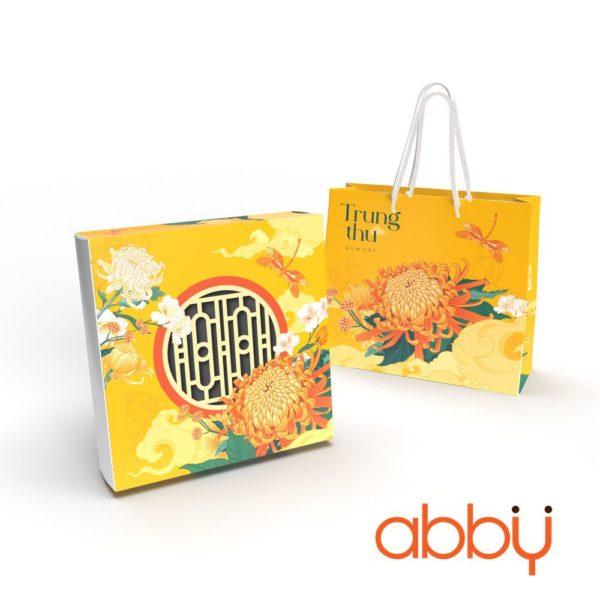 Bộ túi & hộp giấy 4 bánh trung thu 125-250g mẫu Cúc Vàng 2021
